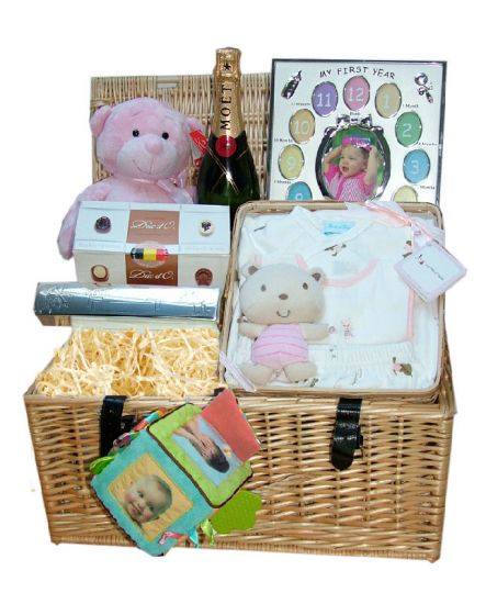 Luxury Baby Gift Hamper : Sugar and spice luxury new born baby gift hamper uk rock